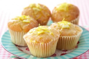 Student Budget Baking Series: Lemon Drizzle Cupcakes
